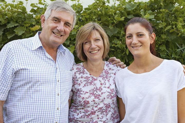 Familie Ernst, Helga und Elisabeth Strauch